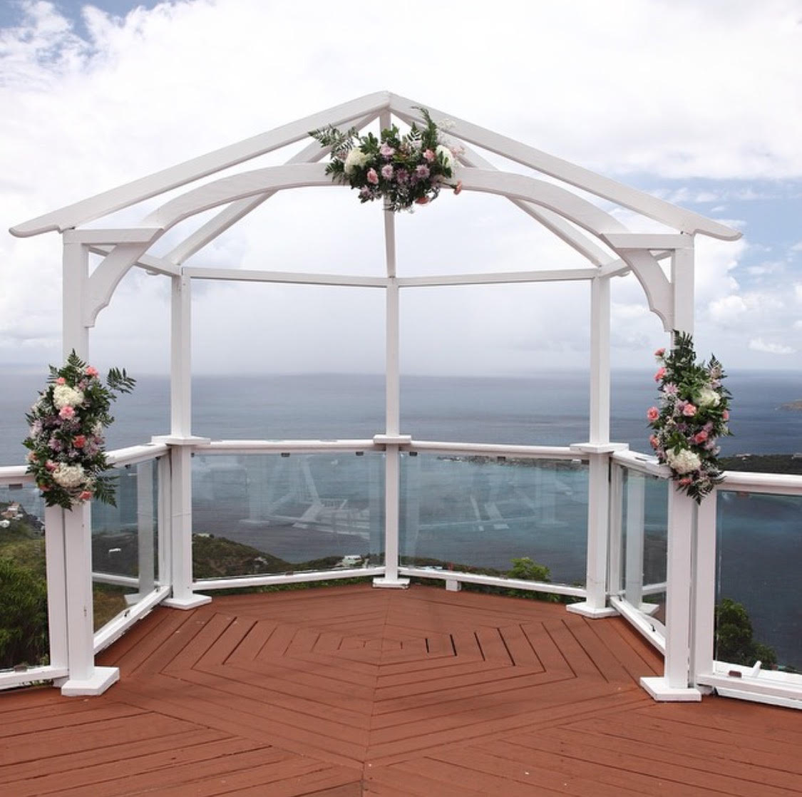 Wedding Arches & Aisles - St. Thomas Weddings - Flawless Weddings ...